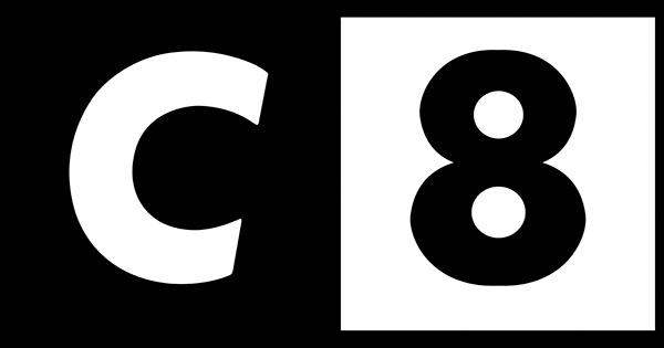 C8 à l'étranger