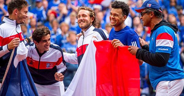 Coupe Davis à l'étranger